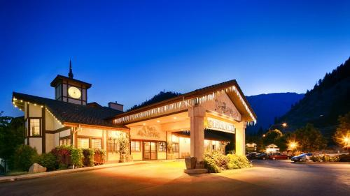 Icicle Village Resort Photo