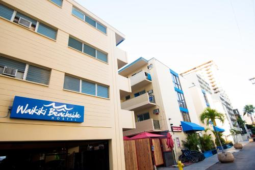 Waikiki Beachside Hostel Photo