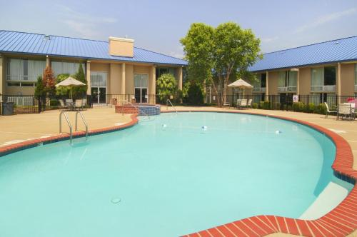 Rodeway Inn & Suites Shreveport Photo