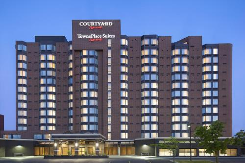 Courtyard by Marriott Toronto Northeast/Markham Photo
