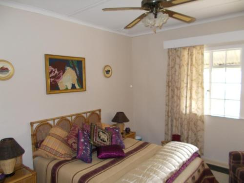 Lakeview Guest House Photo