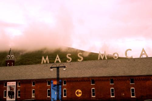 The Porches Inn at Mass MoCA Photo