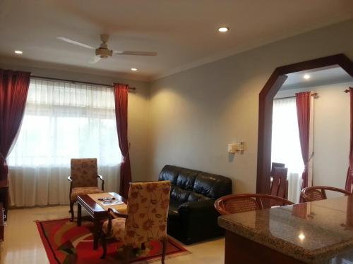 Smiling Hill Guest House and Apartments photo 10