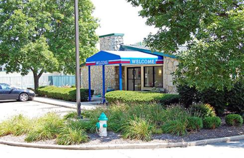 Photo of Americas Best Value Inn-Englewood/Dayton Airport Hotel Bed and Breakfast Accommodation in Englewood Ohio