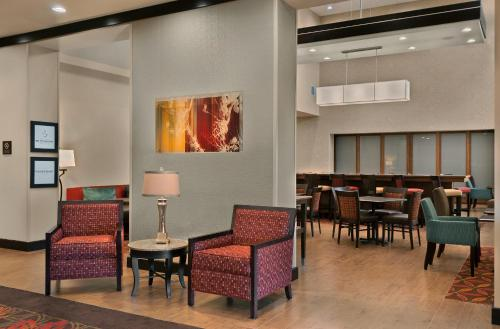 Hampton Inn & Suites Tampa Northwest/Oldsmar Photo