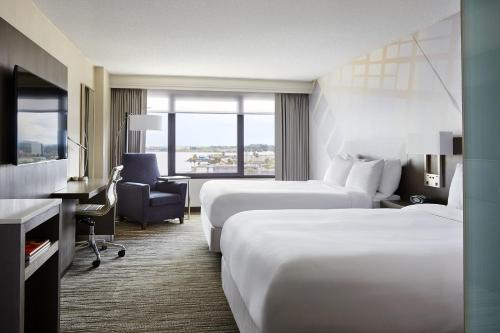 San Francisco Airport Marriott Waterfront Photo