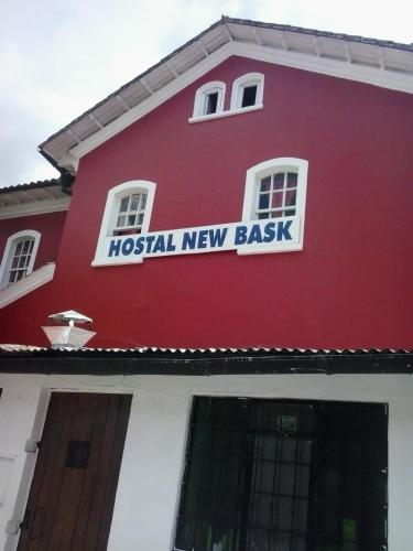 Hostal New Bask Photo
