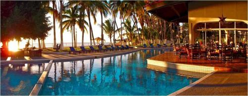 Hotel La Concha Beach Resort Photo