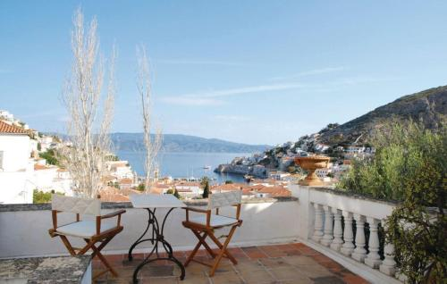 Two-Bedroom Holiday home with Sea View in Hydra -  Greece