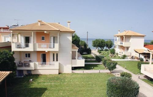 Three-Bedroom Holiday home with Sea View in Diakopto Peloponnese -  Greece