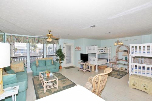 Southwind by Panhandle Getaways Photo