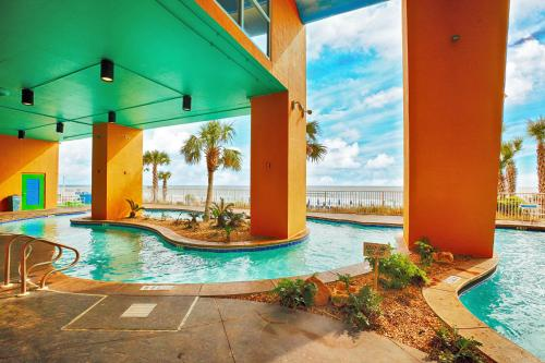 Splash Resort 1 by Panhandle Getaways Photo