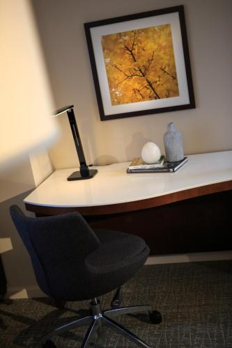 Renaissance Seattle Hotel, A Marriott Luxury & Lifestyle Hotel photo 17