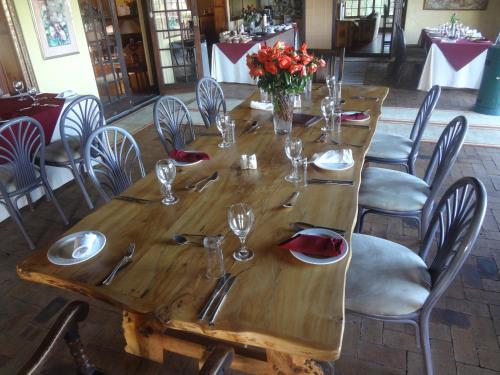 Wild Rose Country Lodge Photo