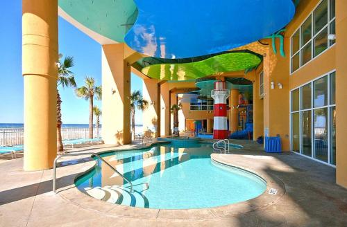 Splash Beach Resort by Panhandle Getaways Photo