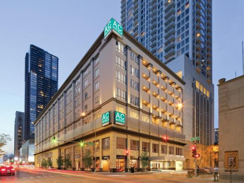 AC Hotel Chicago Downtown by Marriott, A Marriott Luxury & Lifestyle Hotel - Chicago - booking - hébergement