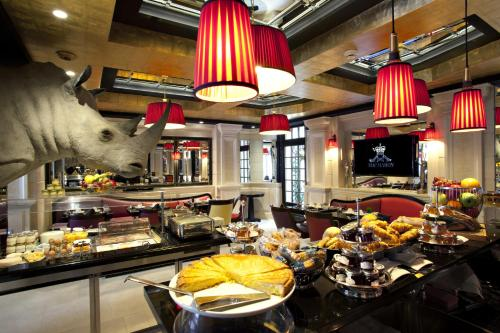 Hotel Champs Elysees Mac Mahon, Paris, Frankreich, picture 11