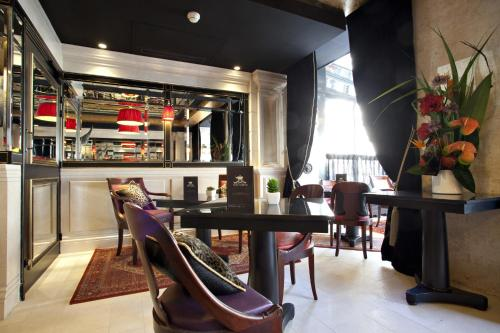 Hotel Champs Elysees Mac Mahon, Paris, Frankreich, picture 6