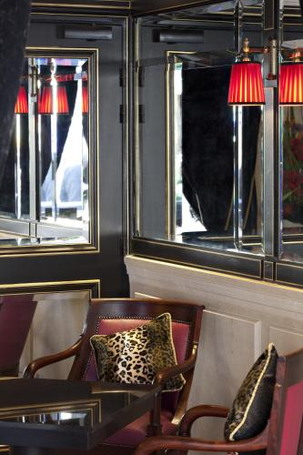 Hotel Champs Elysees Mac Mahon, Paris, Frankreich, picture 2
