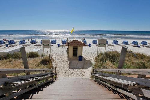 Tidewater Beach Resort by Panhandle Getaways Photo