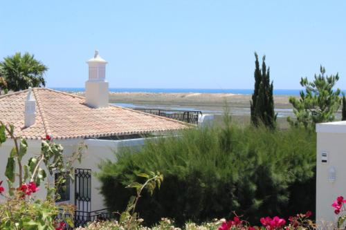 holidays algarve vacations Quinta do Lago Villas Salinas Country Club