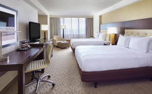 DoubleTree by Hilton Washington DC – Crystal City Photo