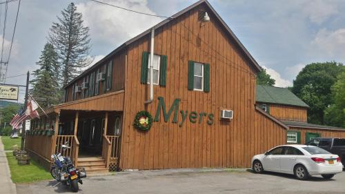 Myers Steakhouse & Inn Photo