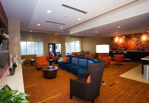 Courtyard by Marriott Lubbock Downtown/University Area Photo