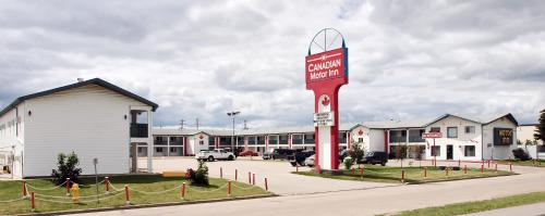 Canadian Motor Inn Photo