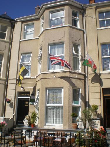 Llwynygog Guest House