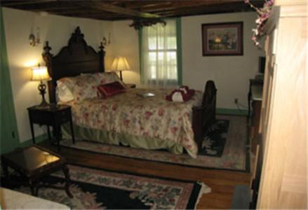 Captain Grant's Bed and Breakfast Photo