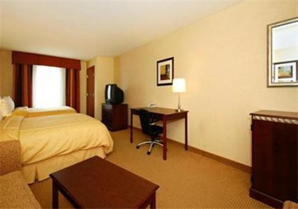 Comfort Suites Fairview Heights Photo