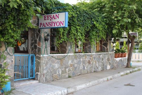 http://www.booking.com/hotel/tr/set2-motel-pansiyon.html?aid=1728672