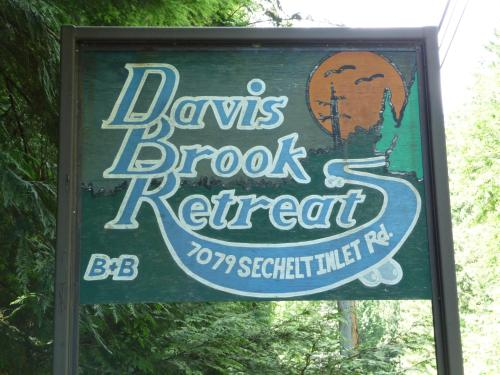 Davis Brook Retreat Photo