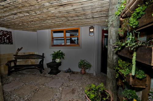 Wind Song Cottage Photo