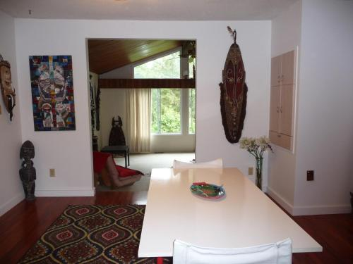 Suite in Powell River South Photo