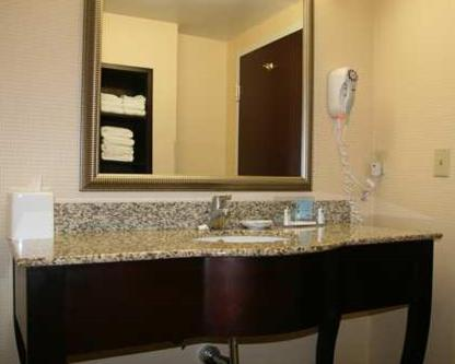 Hampton Inn Galax Photo