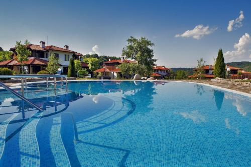 KTB Manastira Holiday Village, Орешак