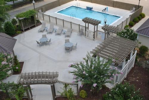 DoubleTree by Hilton Fayetteville Photo