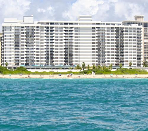 Oceanfront Luxury Apartments Photo