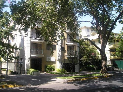 Park Plaza Apartments Photo