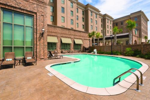 Embassy Suites Savannah Historic District Photo
