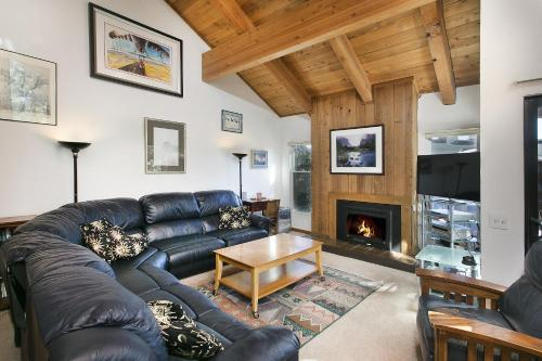 Mammoth Village Properties by 101 Great Escapes Photo
