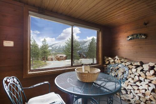 Aspen Creek by 101 Great Escapes Photo