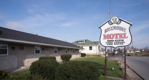 Rosemount Motel Photo