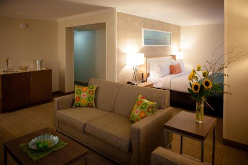 Holiday Inn Greenville Photo