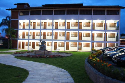 Bartholo Plaza Hotel Photo