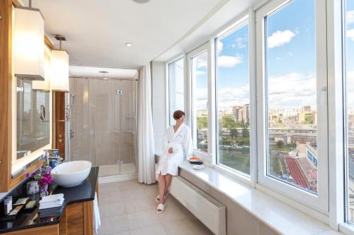 Renaissance Moscow Monarch Centre Hotel, A Marriott Luxury & Lifestyle Hotel photo 26