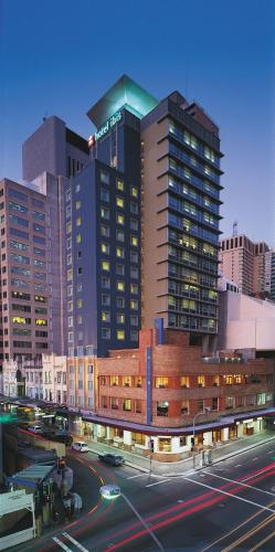 ibis Sydney World Square impression