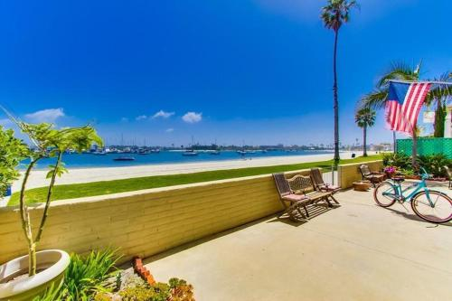 Bayfront Waters Edge at San Diego Photo